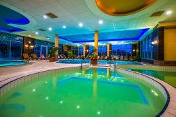 balneo-hotel-wellness-medence-14.jpg
