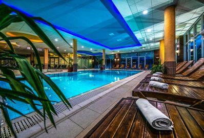 Medencék - Balneo Hotel
