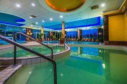 balneo-hotel-wellness-medence-15.jpg