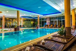 balneo-hotel-wellness-medence-6.jpg