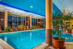 balneo-hotel-wellness-medence-7.jpg