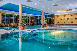balneo-hotel-wellness-medence-4.jpg